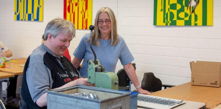 Herausforderungen meistern: Betriebsstätte Mehnenfeld fördert Menschen mit Behinderung